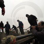 عکاسان تهرانی در حال عکاسی از شرکت تعاونی ماهیگیران پره خرم در استان مازندران - عکاس: مهدی سروری