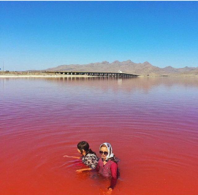 دریاچه ارومیه | CHIILICK