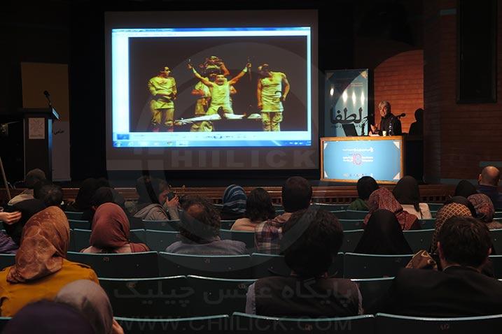 انتقاد عادل از گرایش عکسهای تئاتر به فرم