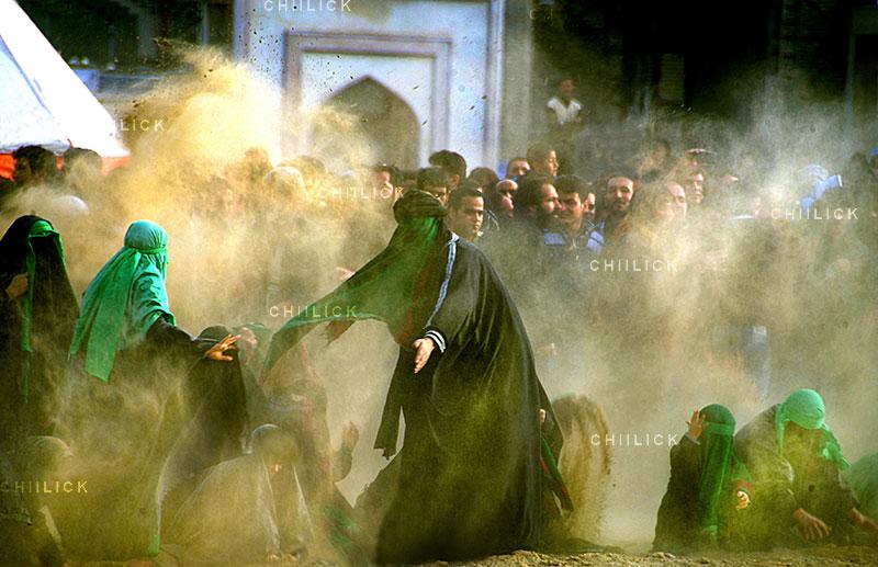 دومین مسابقه ملی نگاه سرخ - سپهر جوادیان ، راه یافته به بخش اصلی:(عکس عاشورایی) الف) دوربین عکاسی | نگارخانه چیلیک | ChiilickGallery.com
