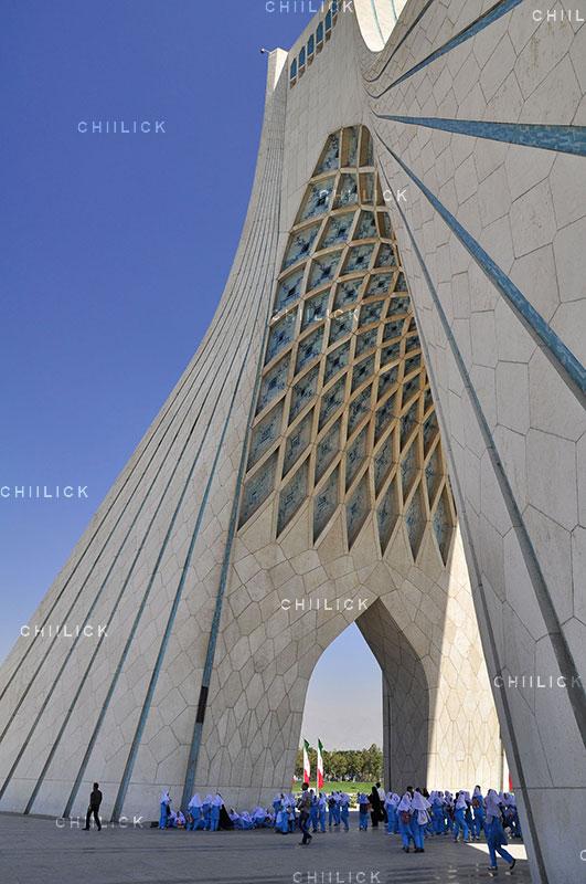 تهران 90 - سیروس سروری | نگارخانه چیلیک | ChiilickGallery.com