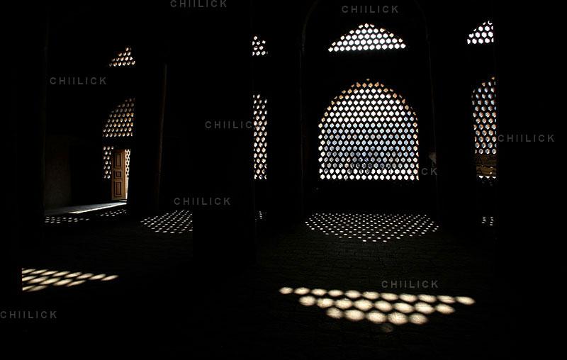 دومین مسابقه ملی نگاه سرخ - علی رضا رحمانی ، بخش جنبی: (عکس مساجد) الف)دوربین عکاسی | نگارخانه چیلیک | ChiilickGallery.com
