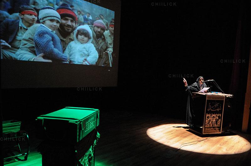 چهارمین جشنواره عکس زمان - ابراهیم باقرلو ، راه یافته به بخش انقلاب اسلامی در گذر زمان | نگارخانه چیلیک | ChiilickGallery.com
