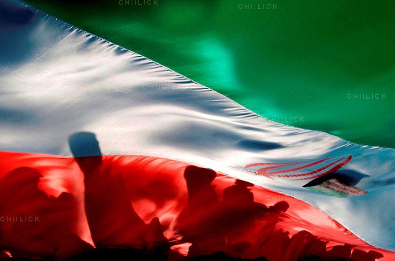 چهارمین جشنواره عکس زمان - جواد عسکراوغلی ، راه یافته به بخش انقلاب اسلامی در گذر زمان | نگارخانه چیلیک | ChiilickGallery.com