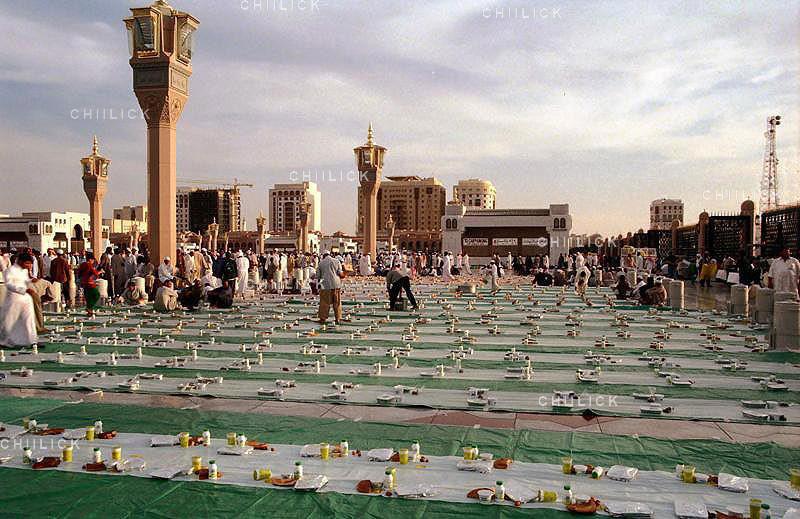 دومین مسابقه عکاسی از سفره افطار - علیرضا جلیلی فر | نگارخانه چیلیک | ChiilickGallery.com