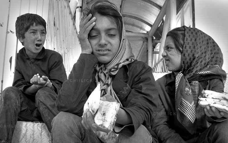 جشنواره هنری قاب امن - حامد کلاهچیان | نگارخانه چیلیک | ChiilickGallery.com